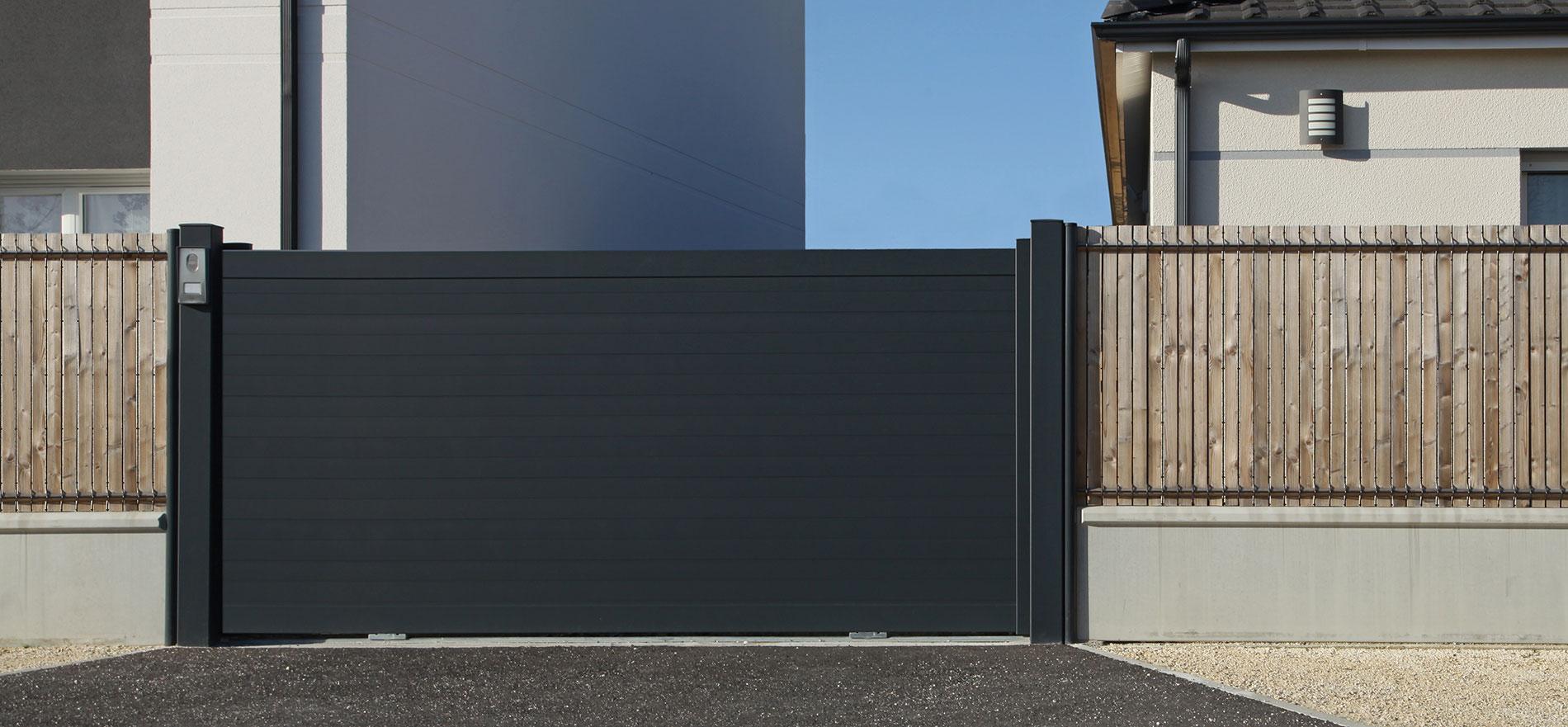commandez votre pose de porte de portail. Black Bedroom Furniture Sets. Home Design Ideas